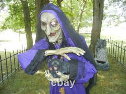 ANIMATED LIFE SIZE 6 FOOT WITCH with PET CEMETERY CAT TALKING HALLOWEEN PROP