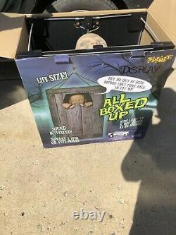 All Boxed Up Spirit Halloween Prop Animated Rare Htf Display Animatronic Spooky