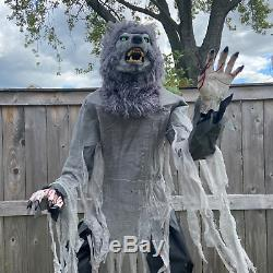 Animated 7ft Life-Size Towering Lunging Werewolf NEW Halloween 2020