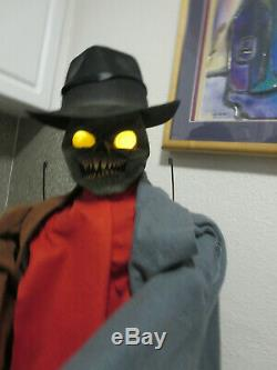 Creepy Rare Spirit Halloween Animated Animatronic Prop
