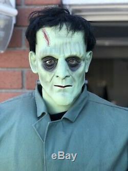 Frankenstein Life Size Animatronic Halloween Prop Rare