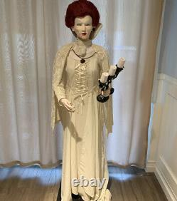 Gemmy Midnight Countess Life Size Halloween Animated Animatronic Spirit Prop