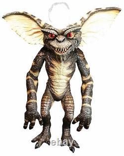 Gremlins STRIPE Puppet Prop Evil Halloween Collector Trick or Treat Studios