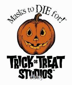 Gremlins Stripe Gremlin Evil Puppet Prop Trick or Treat Studios Green Halloween