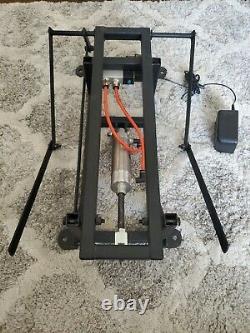 Halloween DC props torso erector with Arms animatronic mechanism Prop pnuematic