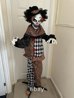 Halloween Life Size Creepy Scary Clown Animated Party Prop