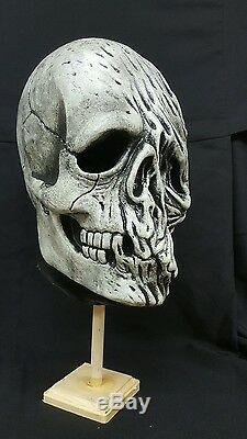 Halloween3 III season of the witch mask movie prop skull silver shamrock dwn