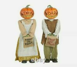 Home Depot Pumpkin Twins Couple Halloween Display Props Animated Greeter 3' Tall