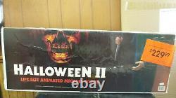 LIFE SIZE Michael Myers Halloween 2 animated prop statue horror figure