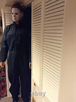 LIFE SIZE Michael Myers Halloween movie prop statue mask comic con horror figure