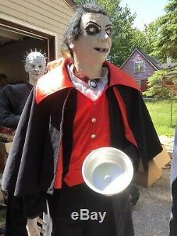 Life Size Count Vigor Rare Halloween Animatronic Gemmy Spirit Morbid Magic Power