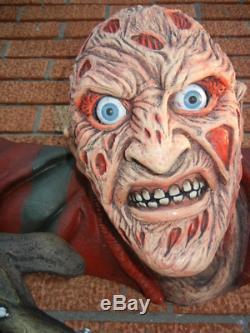 Lifesize Freddy Krueger Figure Wall Mounted Halloween Prop Display Collectible