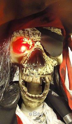 RARE 2009 Gemmy 6' Life Size Animated DEAD EYE DRAKE PIRATE SKELETON ARR HAR HAR
