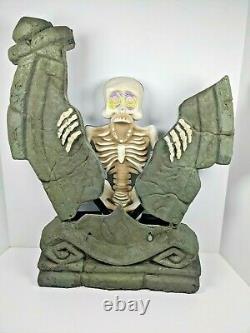 Rare Gemmy Splitting Tombstone Animatronic Skeleton Prop Spirit Works Great