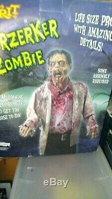 Rare Spirit Halloween Prop Berzerker Zombie Life Size Decor With Box berserker