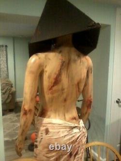 Red Pyramid Head Silent Hill Lifesize Horror Mannequin Halloween Prop Decor