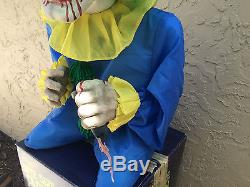 SPIRIT HALLOWEEN Bite Size Clown Glowing Eyes Shakes Laughs Animated Prop with Box
