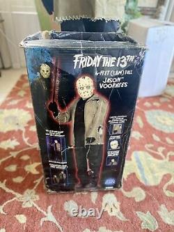 SPIRIT HALLOWEEN LIFE SIZE FRIDAY 13TH ANIMATED JASON VOORHEES Gemmy WORKS