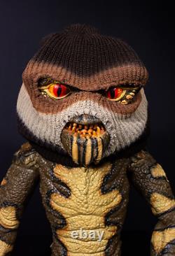 Trick or Treat Gremlins Bandit Puppet Mogwai Halloween Prop Decoration RLWB104