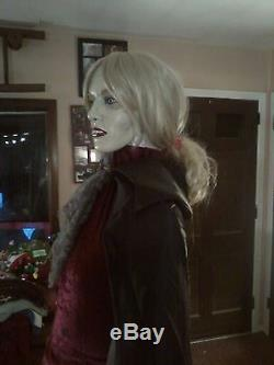 Vampire Interview With Vampiresque Life Size Mannequin